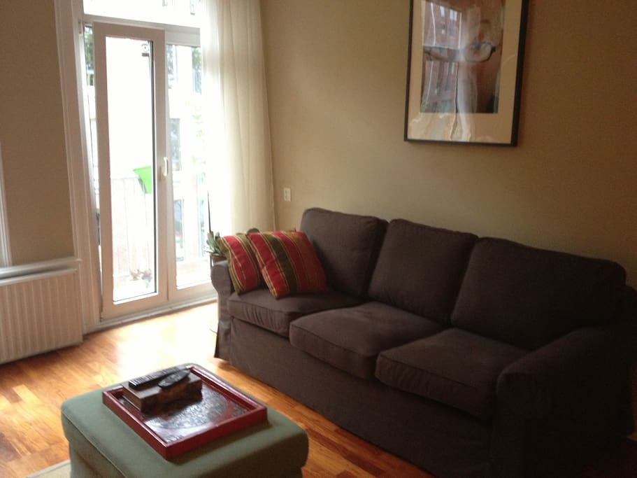 Tv-room with comfy couch