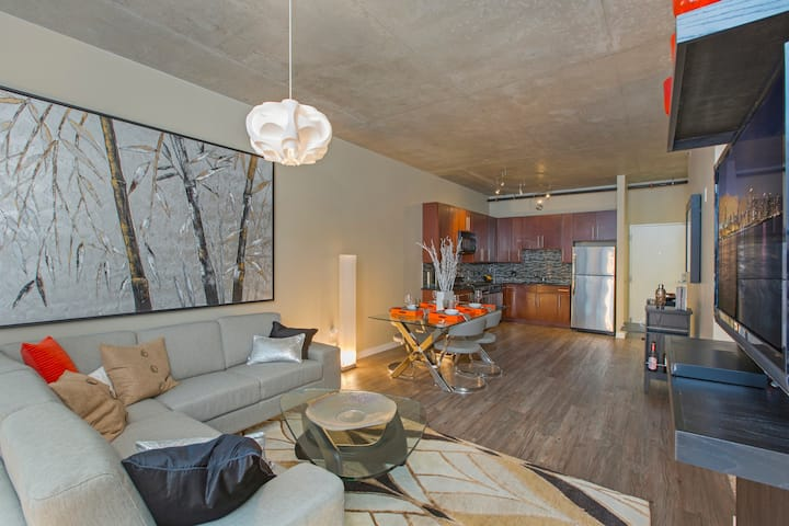 Fully equipped apartment home | 2BR in Chicago