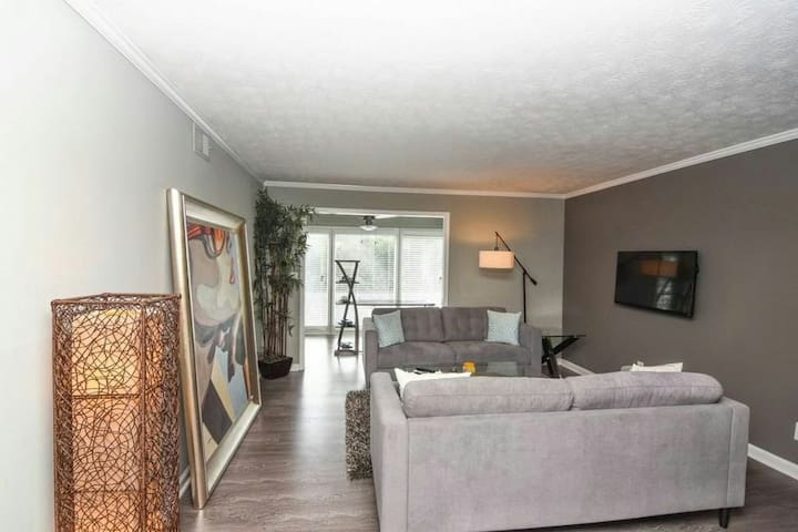 Modern 2 bedroom condominium in san - Atlanta - Appartement en résidence