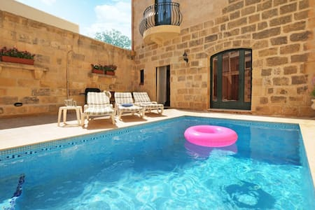 House with Pool in Gozo... come! - Għajnsielem - Villa