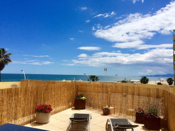 T2 neuf clim avec Vue mer exception+42 m2 terrasse