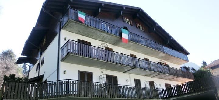 Appartamento su due livelli a Serina