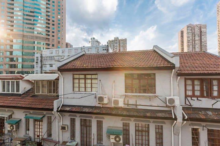 南京西路(人民广场零距离)老洋房整层分享
