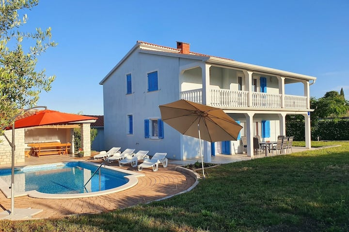 Villa Martina with private Pool and garden