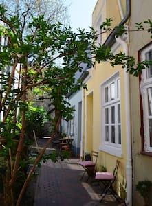 Historisches Ganghaus im Herzen Lübecks