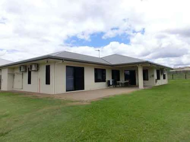 A Fantastic room in Mareeba . .