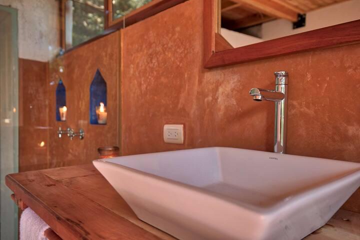 Baraka Atitlán - Simple Luxury on LakeFront