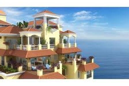 Spacious Beach Studio with awesome views. 🚭🚭🚭