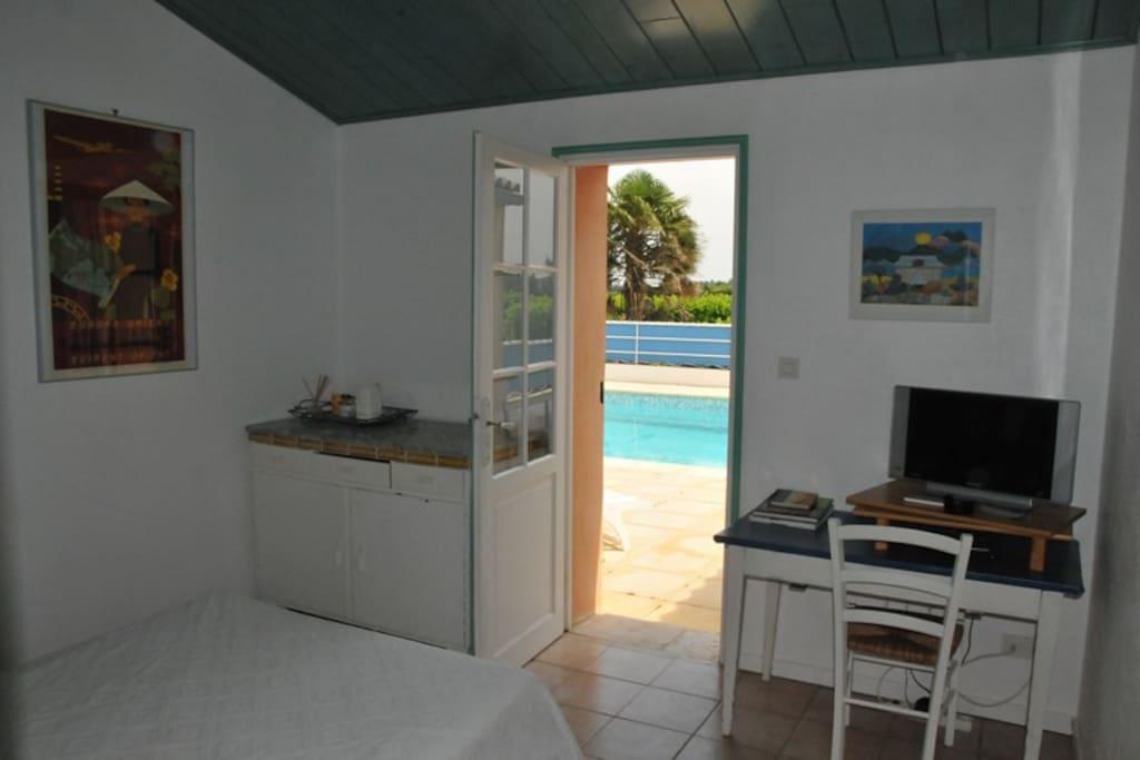 chambre Corto vue sur la piscine