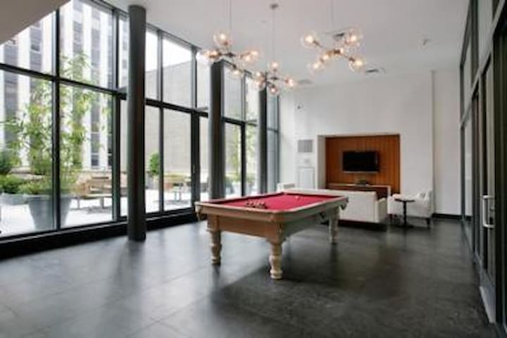 3 Bedroom Penthouse in FiDi NYC