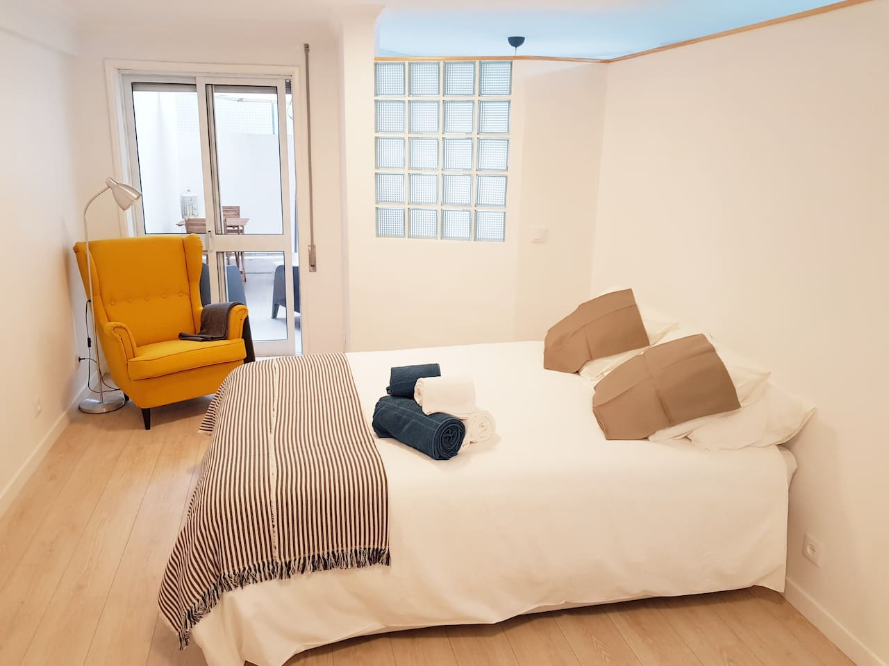 Fully redecorated apartment for your comfort