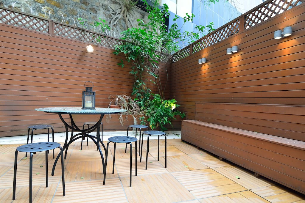 Relax in an open-air terrace perfect for star gazing or lunch in the open.