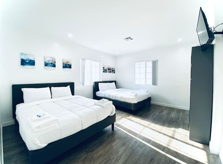 11 Private Modern Room Near Universal Studios