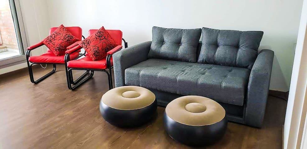 2 Couches 2 Sillones 2 Poltrone