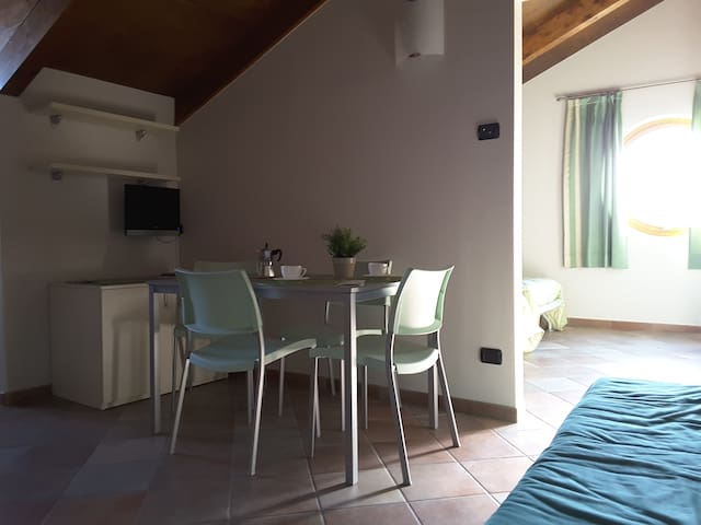 Double room equipped with kitchen - Barolo - Bed & Breakfast