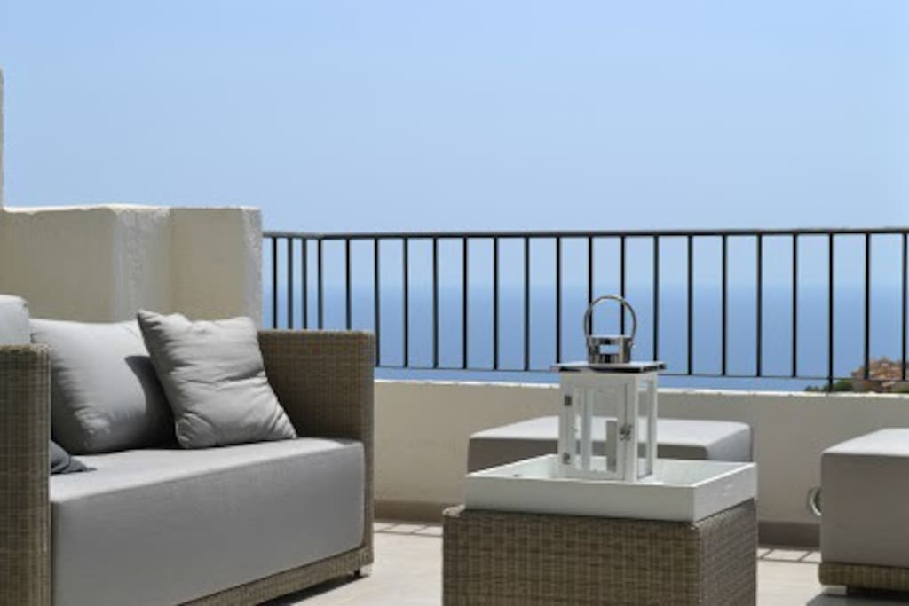 Relax on the terrace.