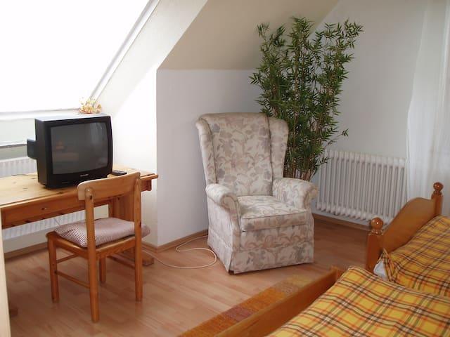 Business Monteur Gäste Zimmer - Brake (Unterweser) - House