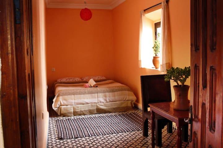 Sacral - Эс-Сувейра - Дом
