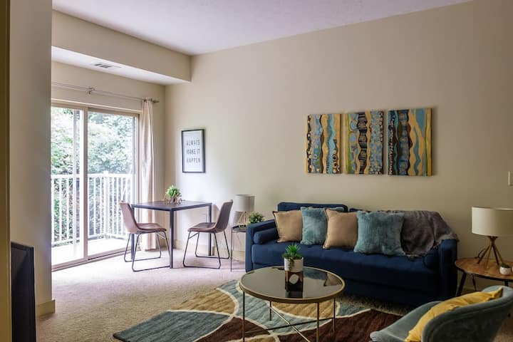 Spacious + Modern 2BR in West Oakland