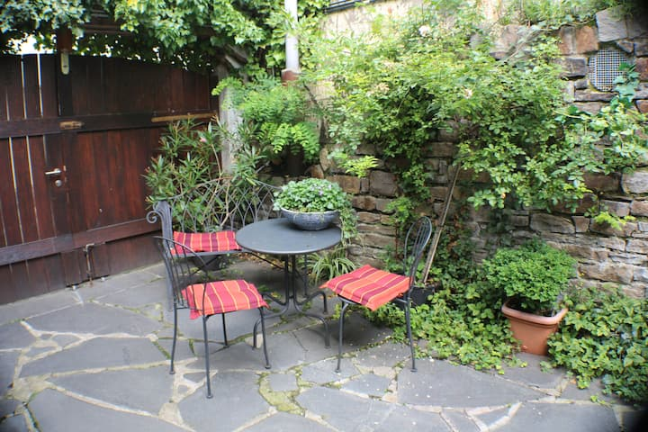 Nice Apartment in the old town of Essen-Kettwig
