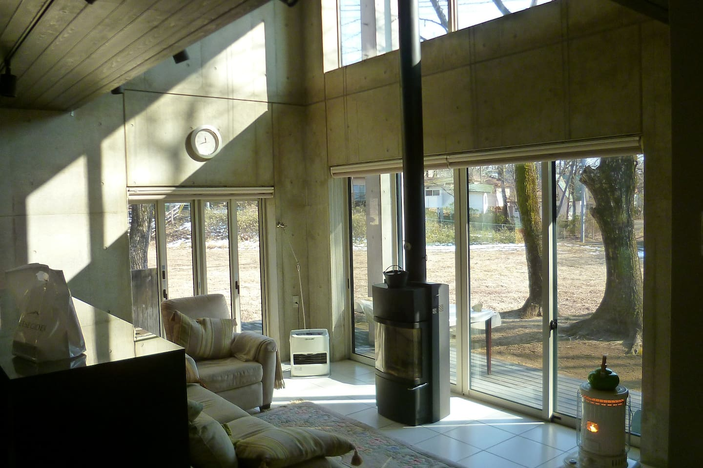 Spacious living with scenic view from indoor.