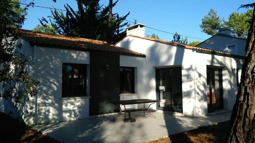 Maison au calme, accès direct forêt, proche plage - Saint-Jean-de-Monts - 獨棟