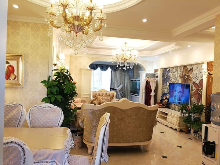 [体验价]倍特3室套房欧式精装修,是陪护孩子及家人,旅游,出差理想的选择,营造一个旅途中高品质的家。