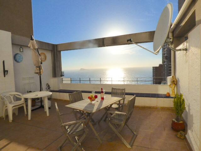 Amazing Sea Views Apartment in Benidorm