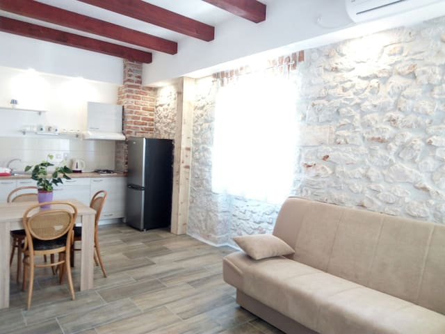 4#GAMIRA stone house - Zadar - Apartament