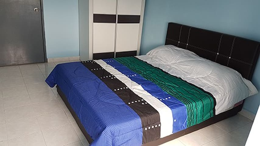 Affordable Bedroom @ iCity view