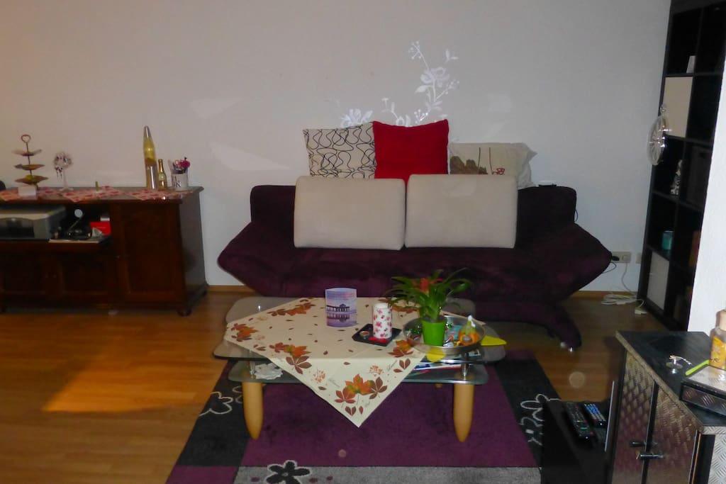 h bsche 2 zimmer wohnung in berlin wohnungen zur miete in berlin berlin deutschland. Black Bedroom Furniture Sets. Home Design Ideas