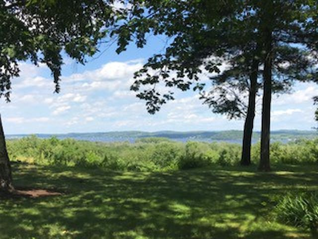 Travers week available-views of Saratoga Lake