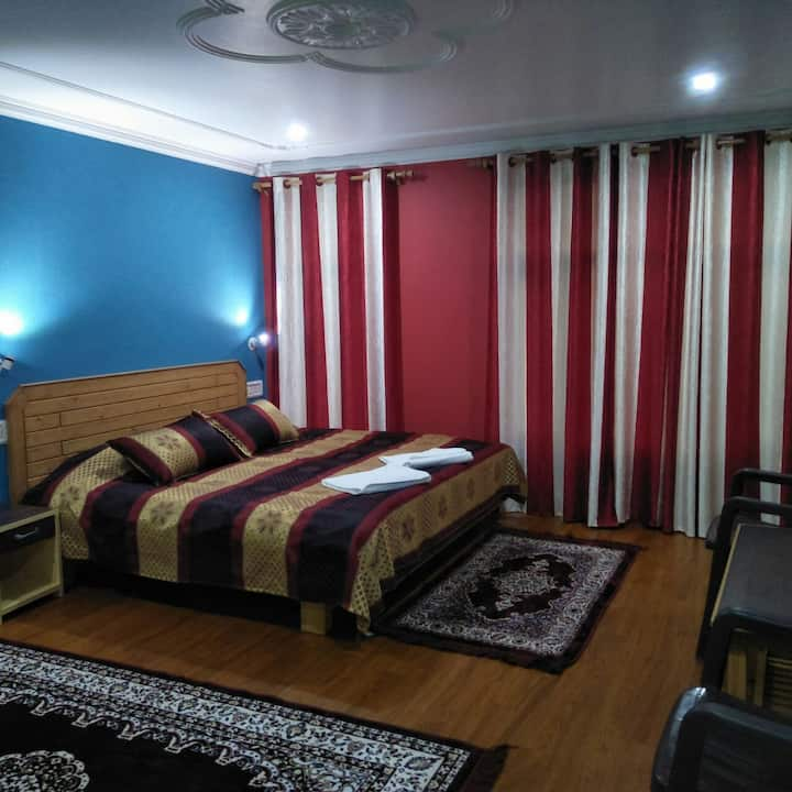 Superior double room overlooking Kangra Valley