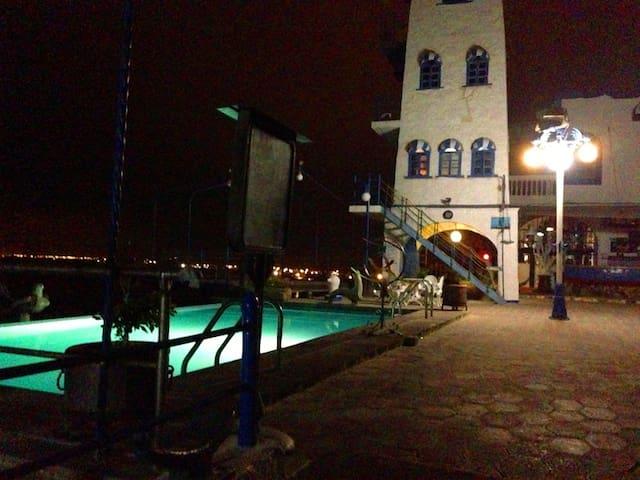 Faro I Light House, Farallon Dillon - Ballenita - Lighthouse
