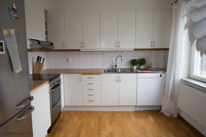 Modern two room apartment - Hässelby Strand - Apartment