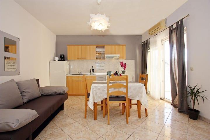 One bedroom Apartment, in Supetar - island Brac