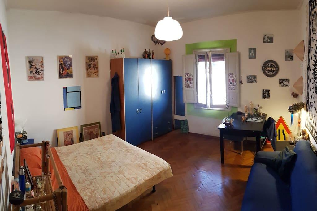 Stanza matrimoniale double room a bologna case in for Affitto stanza bologna