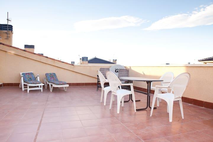Planta alta en Alicante Playa - Puerto Marino - Huoneisto