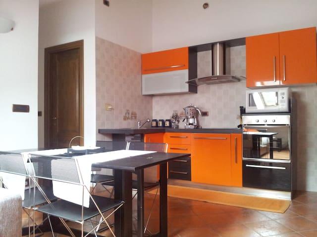 Apt 4/6 Posti Letto a Verres (AO)  - Verrès - Appartement