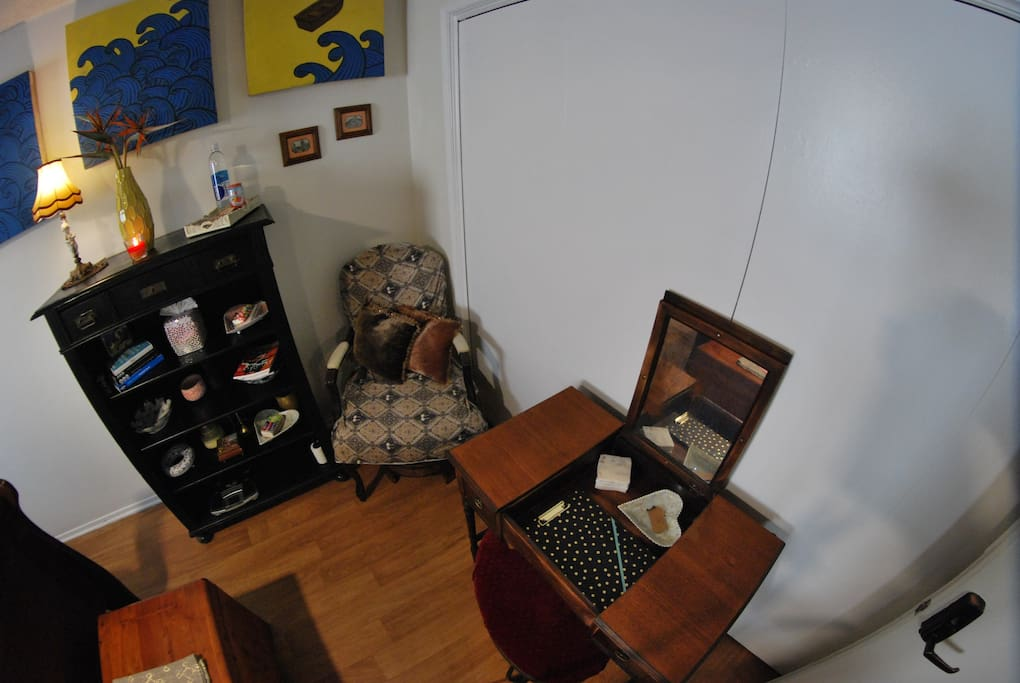 Make Up desk with Mirror / Push Down Mirror to Convert Desk to a Work Desk / Cedar Chest filled with Extras: Blankets / Pillows / Bath Towels / Beach Towels / Beach Chairs