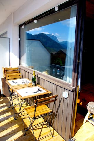 Stylish 2 beds apt with parking in center Châtel