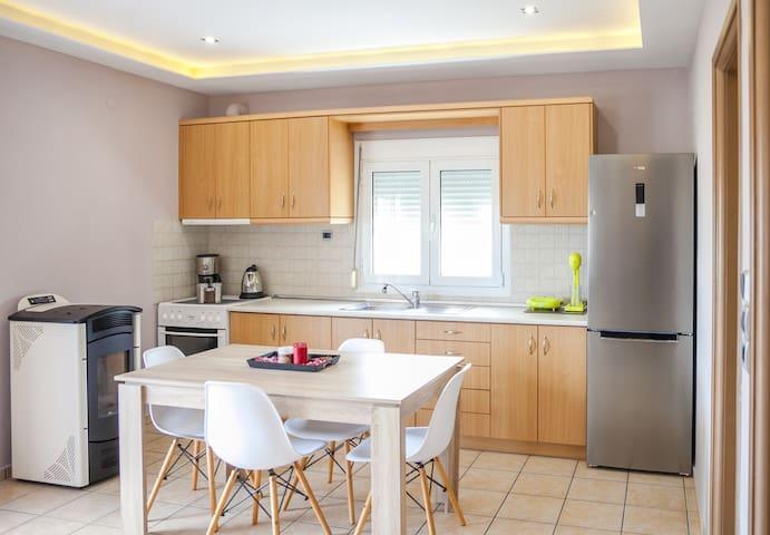 Nina Apartment 12