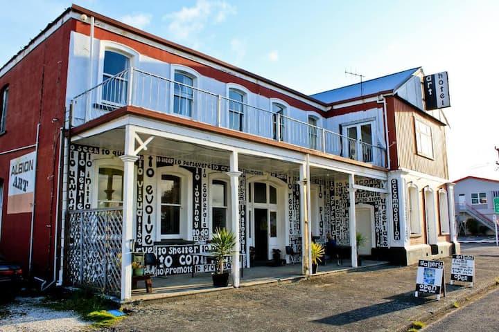 Art Hotel - old-world charm