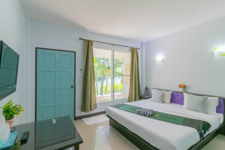 Cozy Deluxe Room River View @ Chaiyo Resort Phuket