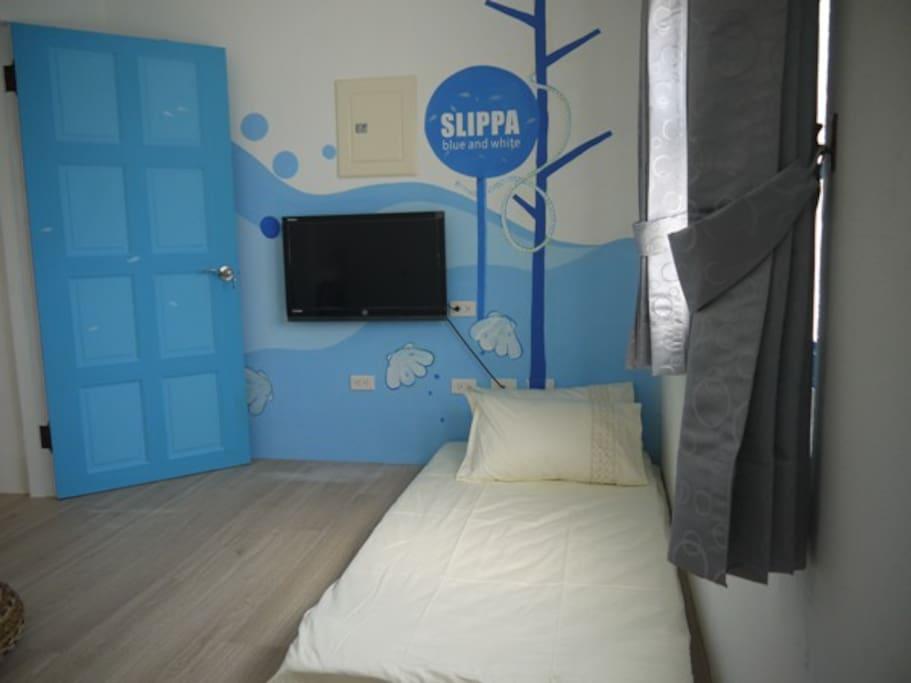 BWS  藍白拖 2人房