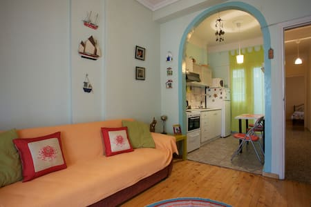 Home  in  the heart of Thessaloniki - Thessaloniki - Apartamento