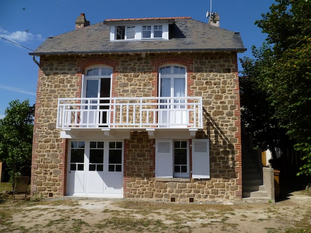 Beautiful seaside house for 7  - Lancieux - House