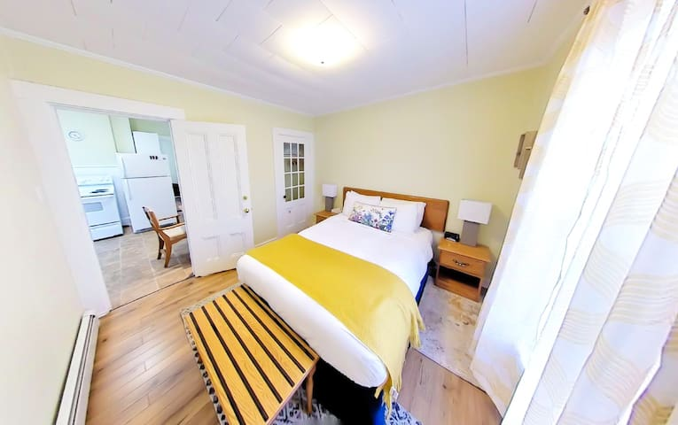 Close to ferry, Great Amenities & Amazing WIFI!