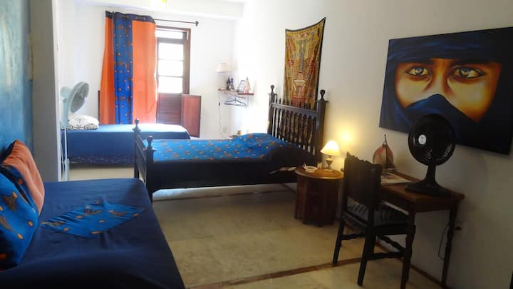 Maroc room 4pers  Storic Center B&B