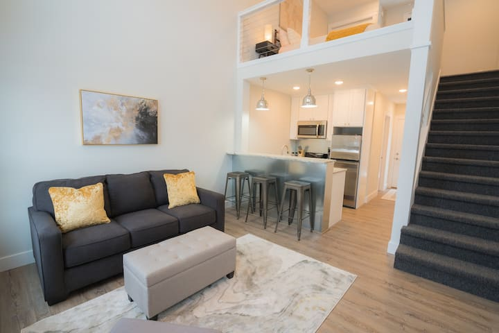 Center City Lofts - 502 Unit 2 ★★★★★